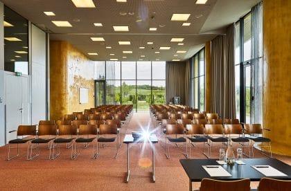 grosser_seminarraum_loisium_hotel_retterevents