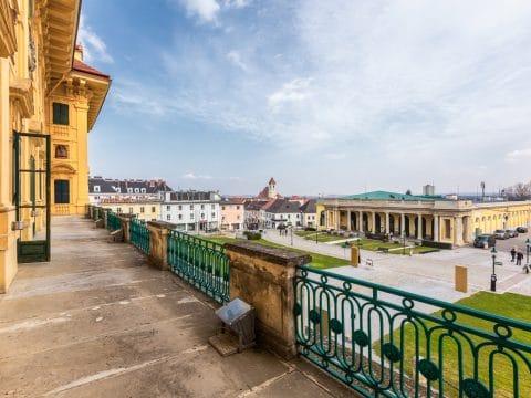 Blick vom Balkon des Schloss Esterházy