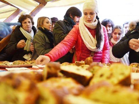 Verkostung von Brot bei einer Rundreise