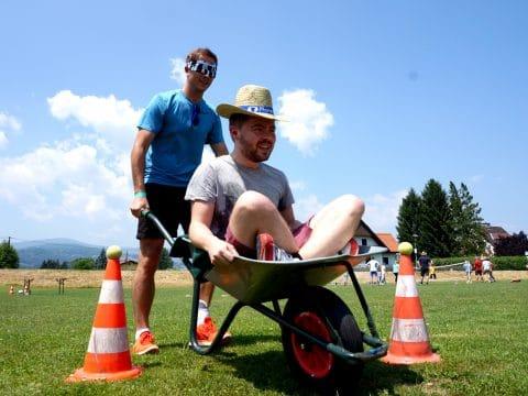 Schubkarren-Parcours bei den Farmer Games von RETTER EVENTS