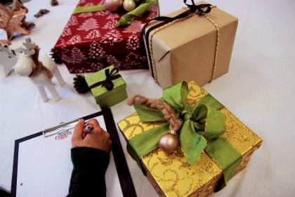 RETTER EVENTS Christmas in the Box