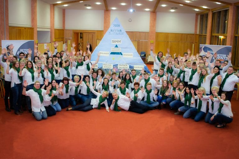 Team-Pyramide mit RETTER EVENTS