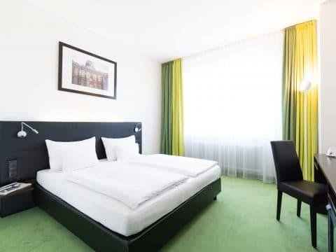 Rainers Hotel Zimmerbeispiel_RETTER EVENTS