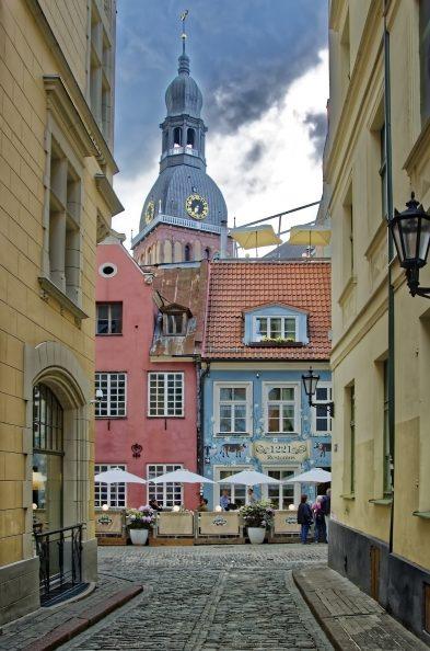 leere Gassen in Riga genießen - RETTER EVENTS