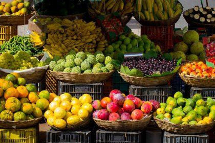 Marktstände mit Früchten - RETTER EVENTS